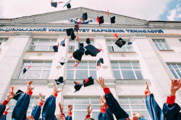 028 Высшее образование - имеет ли оно смысл в 21-ом веке - Подкаст Давай Поговорим