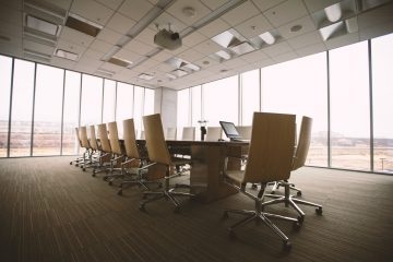 27 Плюсы и минусы работы в корпорации - Подкаст Давай Поговорим